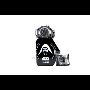 Nixon Star Wars Ranger 44 mm Kylo Ren Black